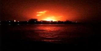 Hindistan'da Denizaltı Patladı