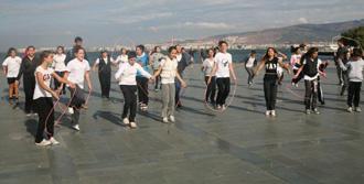 İzmir'de Dünya Yürüyüş Günü