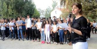 'istiklal Marşına Saygısızlık' Soruşturması
