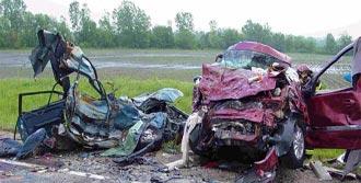 Üç Türk Trafik Kurbanı