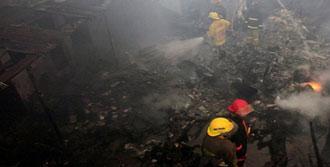 Kongo'da Uçak Kazası: 30 Ölü