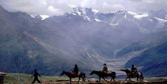 Himalaya'da Türk Köyü