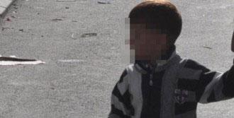 4 Yaşındaki Çocuk Çakmakla Oynarken Evi Yaktı