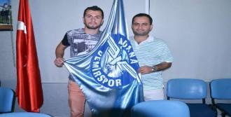 Adana Demirspor Burak İle Anlaştı