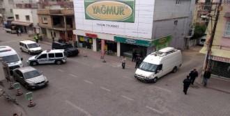 Adana'da Bombalı Araç Alarmı