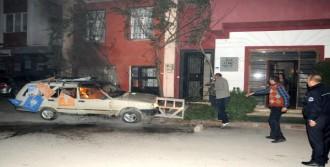 Adana'da Eylemciler Araba Yaktı!