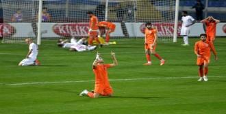 Adanaspor'da Galibiyet Sevinci
