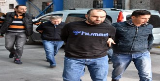 Adil Öksüz'ün Sağ Kolu 2 Kişi Tutuklandı