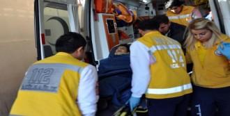 Adıyaman'da Otomobilin Çaptığı Çocuk Yaralandı