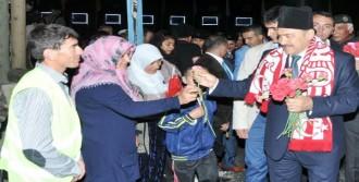 Afyon'da 4 Bin Kişi Kocatepe'ye Yürüdü