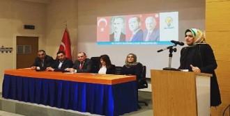 AK Parti Bayraklı'da Kadın Kolları Yenilendi