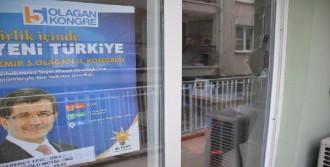 AK Parti İlçe Binasına Taşlı Saldırı