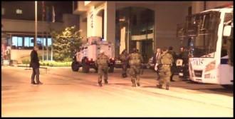 AK Parti Binasının Arkasına Ses Bombası Atıldı