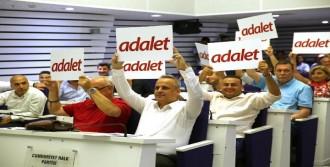 AK Partili Meclis Üyelerini Adalet Yürüyüşüne Davet Etti