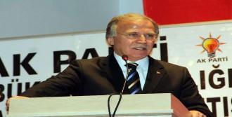 AK Parti'nin Adaylarını Açıkladı