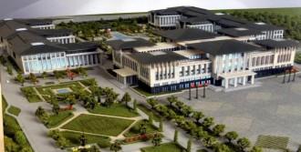 Ak Saray'ın Maketine İzin Çıkmadı