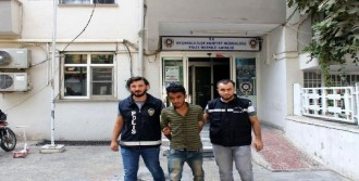 Akçakale'de 2 Uyuşturucu Satıcısı Tutuklandı