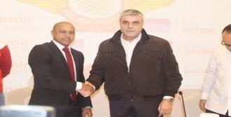 Roberto Carlos 1.5 Yıllık Sözleşme İmzaladı