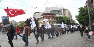 Ali İsmail Korkmaz Heykeline Yürüdüler