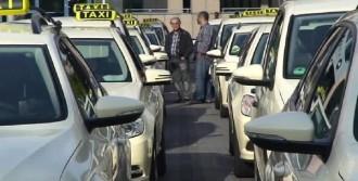 Taksicilere De Kemer Takma Zorunluluğu
