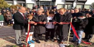 Altay'ın Tesisleri'nde Atatürk Büstü Açıldı