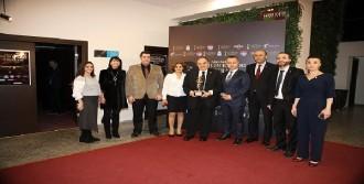 'En İyi Çıkış Yapan Üniversite' Ödülü