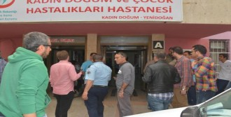 Ambulansla Kaçtılar, Hastanede Yakalandılar