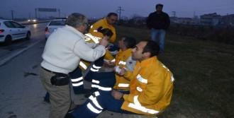 Ambulansla Minibüs Çarpıştı: 9 Yaralı