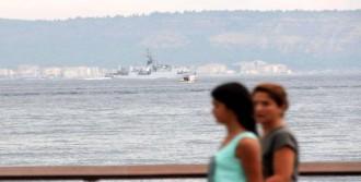 Savaş Gemileri Karadeniz'e Çıkıyor