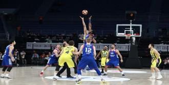 Anadolu Efes, Fenerbahçe Doğuş'u Kupanın Dışına İtti
