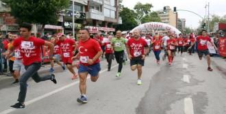 Antalya 'iyilik' İçin Koştu