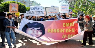 Antalya'da 'Başbakan Gelmesin' Eylemi