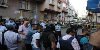 Aranan Şüpheli, Saklandığı Evde Polise Silah Çekti