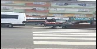 Arızalanan Minibüs Tamire Böyle Götürüldü