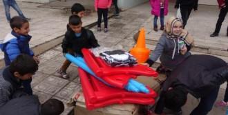 'Sur'daki Çocukları Sevindirdi'