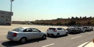 Atatürk Havalimanı'nda Holigan Önlemi