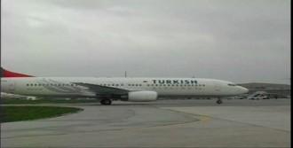 Atatürk Havalimanı'nda Uçak Yoğunluğu