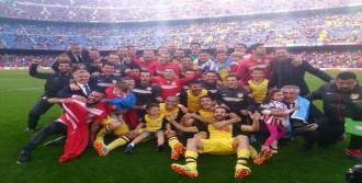 Atletico Madrid Tarih Yazdı