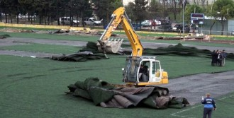 Stadyumu'nun Yıkımına Başlandı