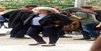 Avukatların Maskeli Eylemine Polisten Biber Gazlı Müdahale