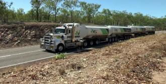 Avustralya'da TIR'ların Uzunluğu 53 Metreyi Geçiyor