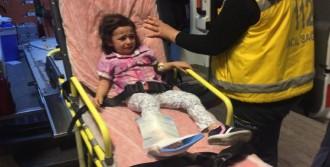 Asansöre Sıkışan Çocuğu İtfaiye Kurtardı