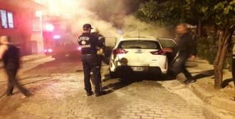 Polis Otomobili Kundaklandı