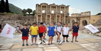 Kocaman'la Uçan Balkan Cup'a Konuk