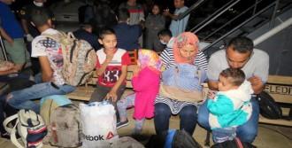 Ayvacık'ta 30 Kaçak Yakalandı