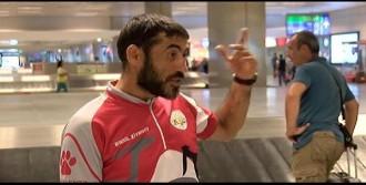 Azerbaycanlı Gezgine Mısır'da Gözaltı