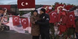 Azeri Kadından Duygusal Ziyaret