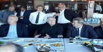 Aziz Yıldırım, Sapanca'da Dostlarıyla Buluştu