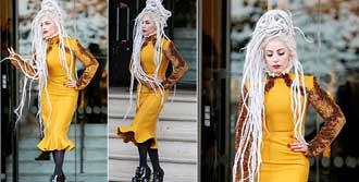 Lady Gaga'da Zeynep Tosun İmzası