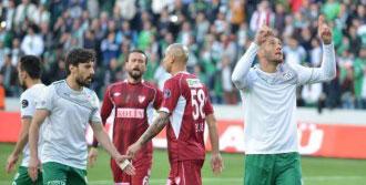 Bursasporlu Fernandao Gollerini Sıralıyor